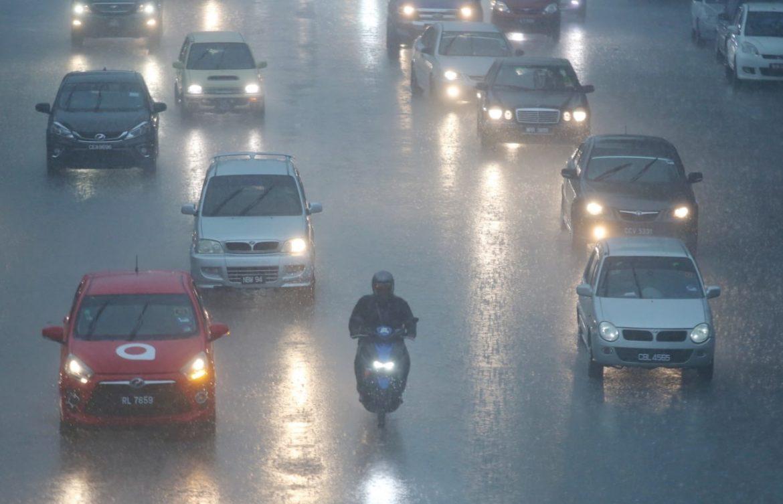 Enam daerah alami hujan lebat