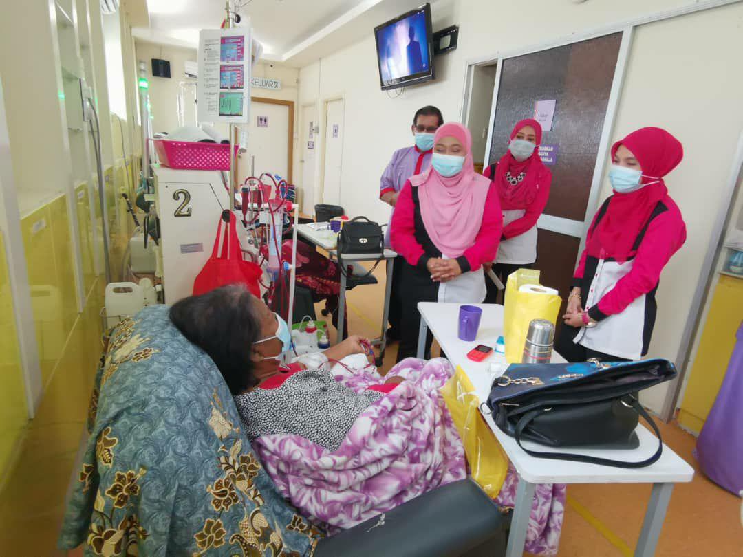 TNB Pahang sumbang dua unit mesin dialisis