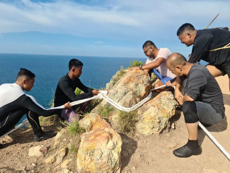Sukarelawan pastikan aktiviti pendakian di Pulau Seri Buat lebih selamat