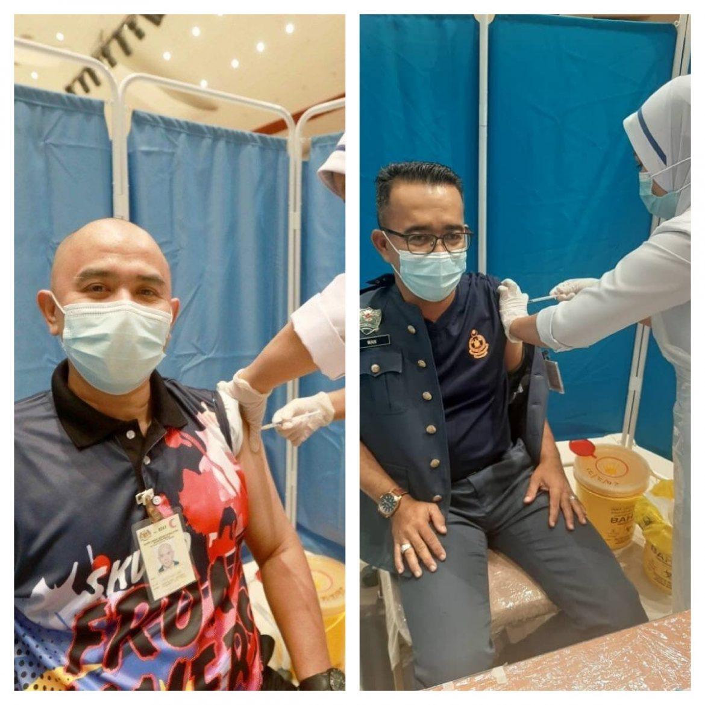 Petugas barisan hadapan rasa bertuah diberi suntikan vaksin Covid-19 awal