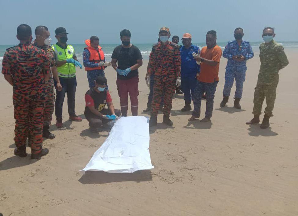 Jenazah mangsa ketiga tragedi lemas di Pantai Sungai Ular ditemui