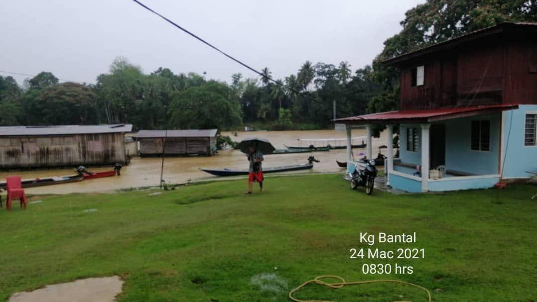 Paras air Sungai Tembeling meningkat berikutan hujan berterusan dua hari