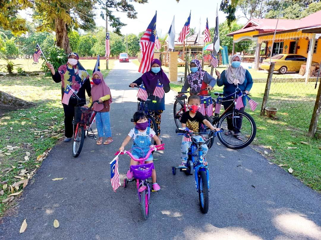 Semangat Hari Kebangsaan membara di Kampung Permatang Pauh