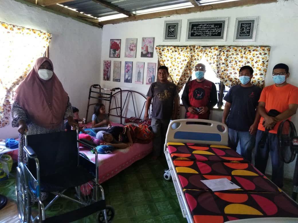 Suri rumah terlantar terima bantuan NGO