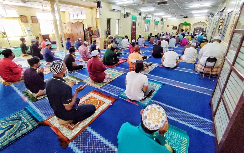 Alhamdulillah, Surau Hidayah, Kampung Permatang Pauh dapat tujuh pendingin hawa